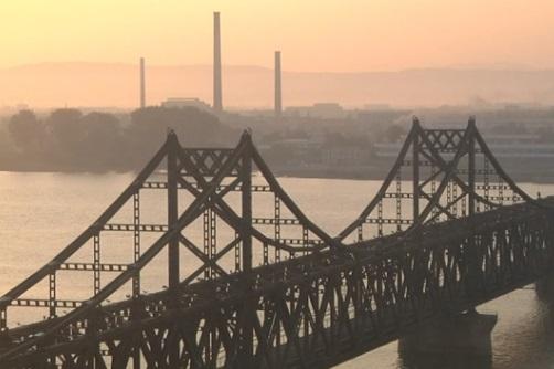 Đài Loan ngừng bán dầu và ngừng nhập cảng hàng may mặc Bắc Hàn