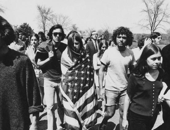 Phim The Vietnam War: giới truyền thông phản chiến Mỹ tiếp tục phủ nhận và bôi nhọ chính thể Việt Nam Cộng Hòa