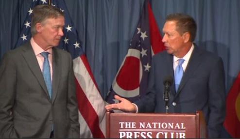 """Thống đốc John Kasich chỉ trích tổng thống Trump, mời di dân """"DACA"""" tới Ohio"""