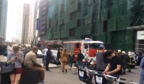 Moscow di tản hơn 10,000 người vì bị dọa đánh bom