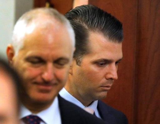 Donald Trump Junior xác nhận gặp luật sư người Nga vì hy vọng nhận thông tin có thể gây hại cho Hillary Clinton