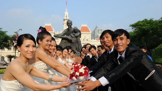 Tương lai con trai Việt Nam phải xuất ngoại kiếm vợ?