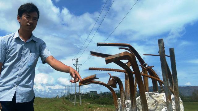 Hơn 400 cột điện dùng lõi thép sai tiêu chuẩn ở Hà Tĩnh bị gãy trong bão