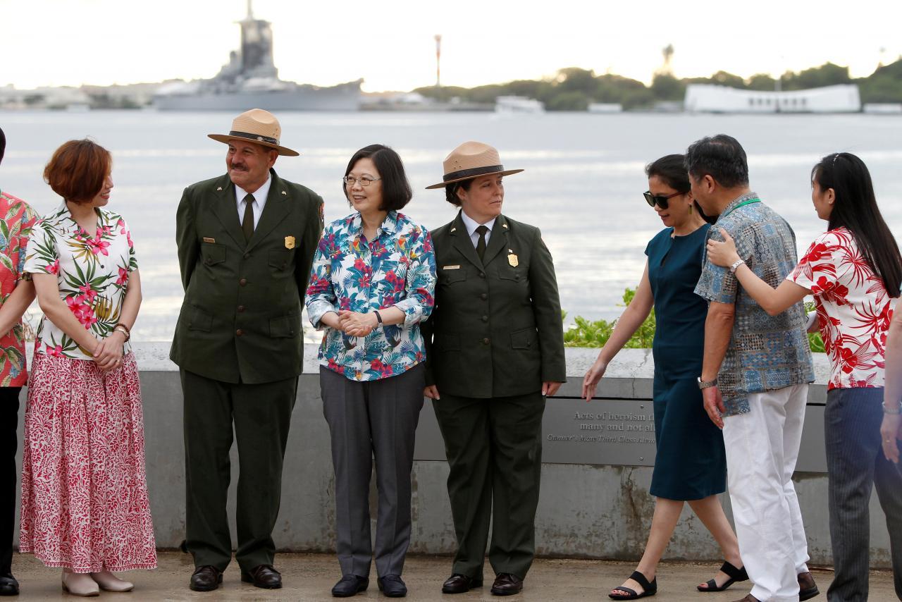 Tổng thống Đài Loan ghé Hawaii, tuyên bố gia tăng chi phí quốc phòng hàng năm