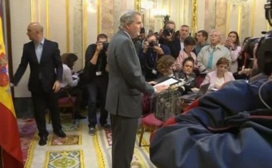 Tây Ban Nha chuẩn bị tước quyền tự trị của Catalonia