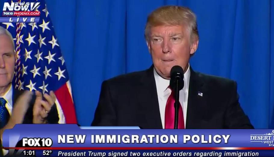 Chính phủ tổng thống Trump xem xét kế hoạch tạm ngưng chương trình đoàn tụ gia đình người tị nạn