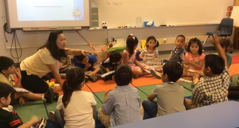 Chương trình song ngữ Anh-Việt của học khu Westminster thắng giải 'Chuông Vàng'