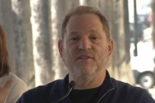 Viện Hàn Lâm Điện Ảnh đình chỉ tư cách thành viên của nhà làm phim Harvey Weinstein vì tai tiếng tình dục