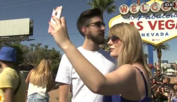 Bất chấp vụ nổ súng giết chết 59 người, du khách vẫn kéo đến Las Vegas