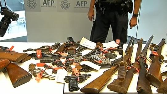 Dân Úc nộp 51,000 khẩu súng sở hữu bất hợp pháp trong 3 tháng ân xá