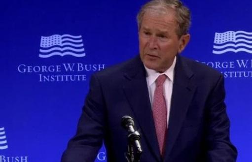 Cựu tổng thống George W. Bush bác bỏ quan điểm về di dân và thương mại của tổng thống Trump