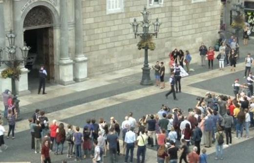 Catalonia chuẩn bị ra tuyên cáo đòi độc lập, bất chấp đe doạ của Madrid