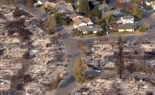 Thảm họa cháy rừng phá hủy hoàn toàn thành phố Santa Rosa