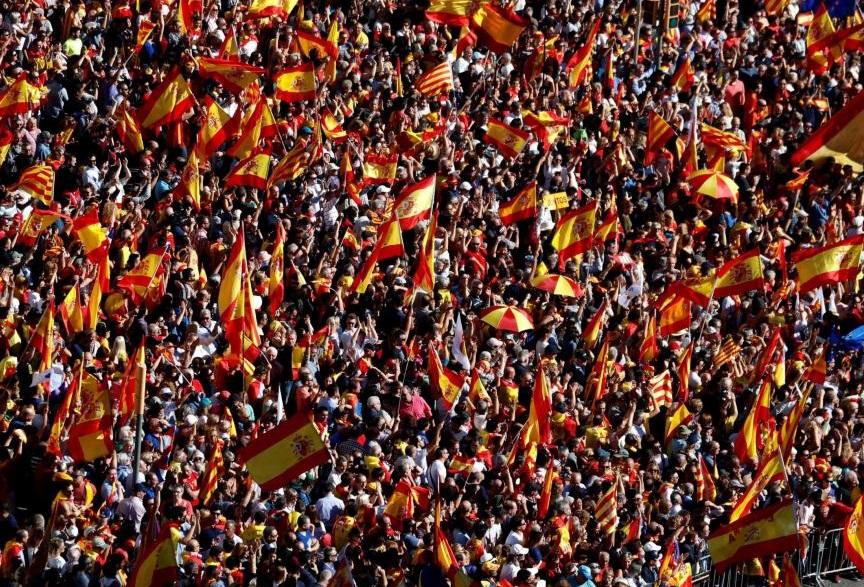 Hàng trăm ngàn người biểu tình tại Barcelona ủng hộ thống nhất