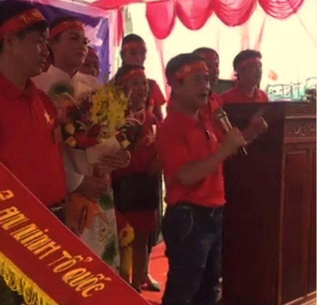 Hội cờ đỏ đổ về giáo xứ Song Ngọc khủng bố giáo dân