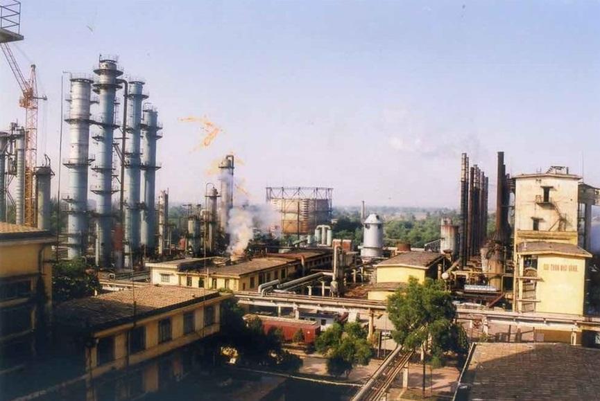 Thêm một tập đoàn quốc doanh CSVN nguy cơ vỡ nợ: Vinachem