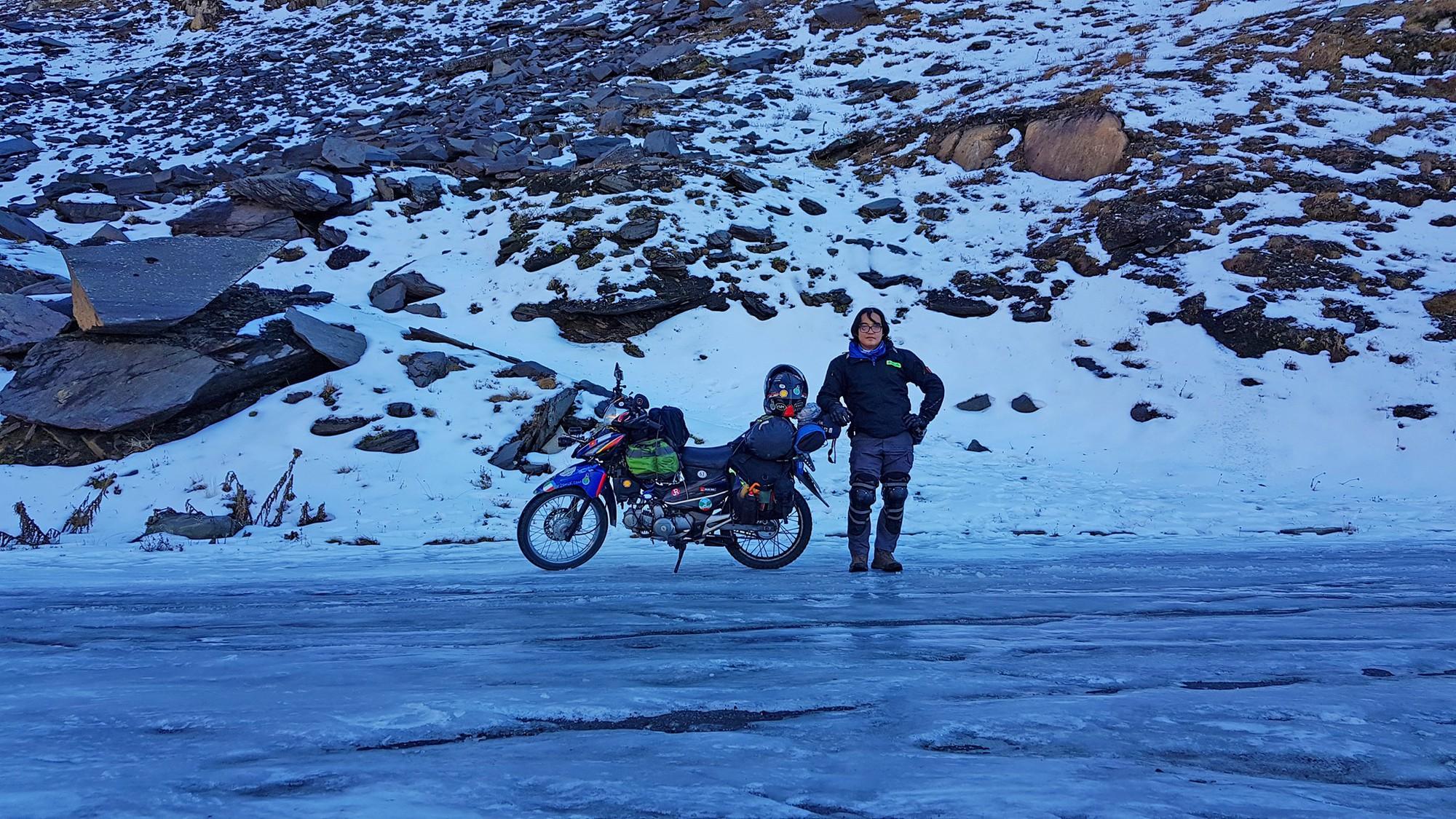 Một người Việt Nam đi vòng quanh thế giới bằng xe máy