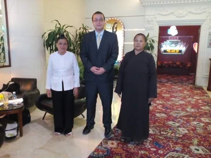 Nhiều vị tu hành, tín đồ tôn giáo bị công an bắt giam trong dịp APEC