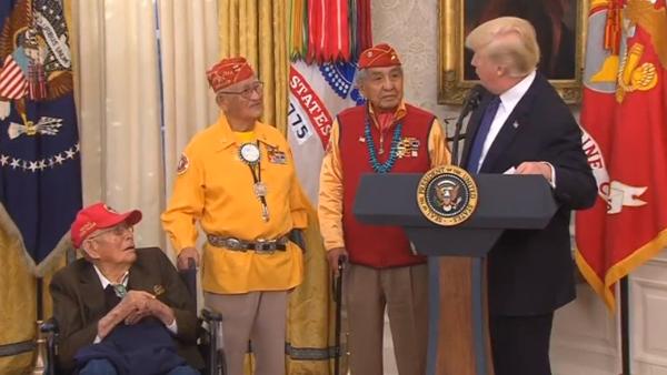 """Tòa Bạch Ốc bác bỏ cáo buộc Tổng thống Trump kỳ thị chủng tộc khi nhắc tới """"Pocahontas"""""""