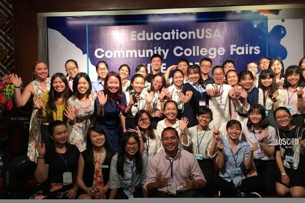 Việt Nam có số sinh viên du học tại Mỹ đứng hàng thứ 6 thế giới