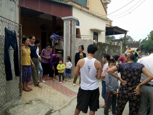 Cán bộ Thanh Hóa hớt tay trên quà cứu trợ bão lụt của dân