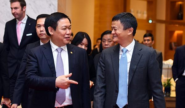 Chủ tịch đại công ty Alibaba Trung Cộng đến Việt Nam: dân Việt thanh toán tiền mặt nhiều quá!