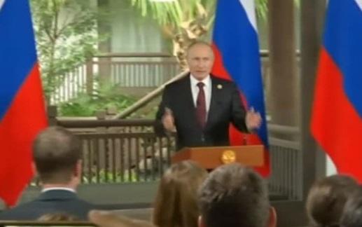 Tổng thống Nga Putin: hạn chế truyền thông Nga ở Mỹ là tấn công quyền tự do ngôn luận