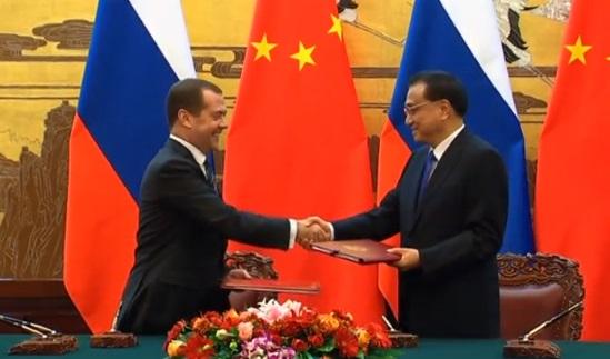Nga và Trung Cộng: tài chính thế giới mất cân đối nếu chỉ sử dụng hệ thống thẻ tín dụng của Hoa Kỳ
