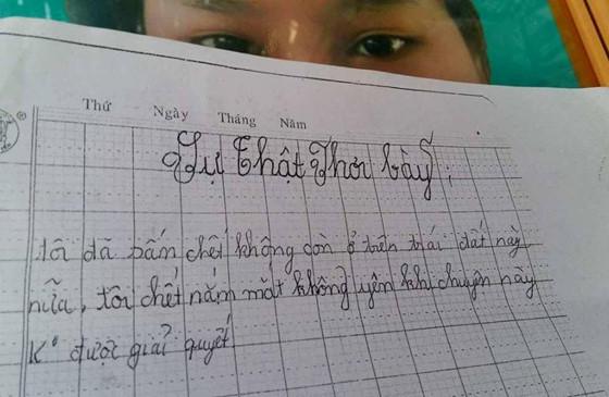 Hai sĩ quan công an Cà Mau mất chức trong vụ bé gái lớp 5 tự tử sau khi tố bị hiếp dâm