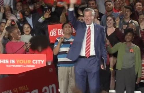 Thị trưởng New York Bill De Blasio tái đắc cử với chiến thắng vang dội
