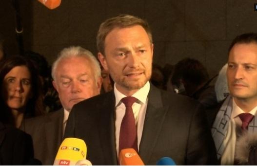 Nhiệm kỳ thứ tư của thủ tướng Merkel gặp trở ngại sau khi một đảng liên minh rút lui