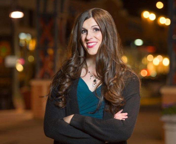 Nhà lập pháp chuyển giới đầu tiên ở Virginia: chiến thắng không chỉ nhờ giới tính