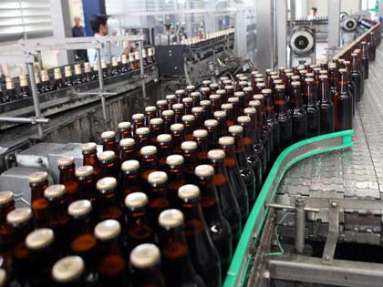 Bợm nhậu Việt Nam bắt đầu chọn bia cao cấp thay bia rẻ tiền