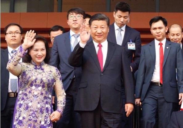 Ông Tập, bà Ngân cắt băng khánh thành Cung Hữu Nghị Việt-Trung tại Hà Nội