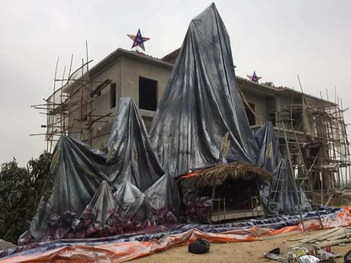 Công an Nghệ An phá huỷ công trình hang đá đón Noel của giáo xứ Đông Kiều