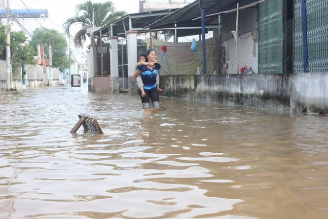 Sài Gòn không mưa cũng ngập