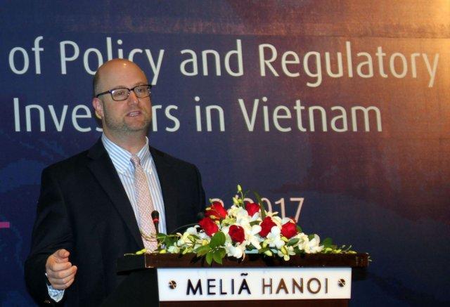 Tham nhũng là lý do khiến Hoa Kỳ và Liên Âu  tránh các dự án BOT ở Việt Nam