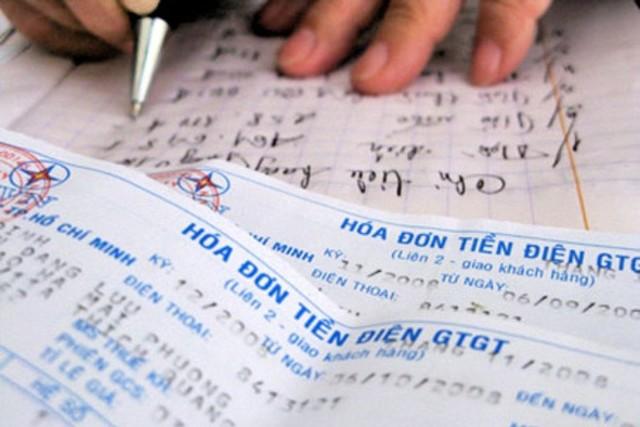 Tập Đoàn Điện Lực Việt Nam quyết toán sai để né thuế và tăng giá điện