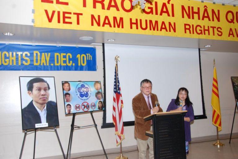 Mạng Lưới Nhân Quyền Việt Nam trao giải 2017