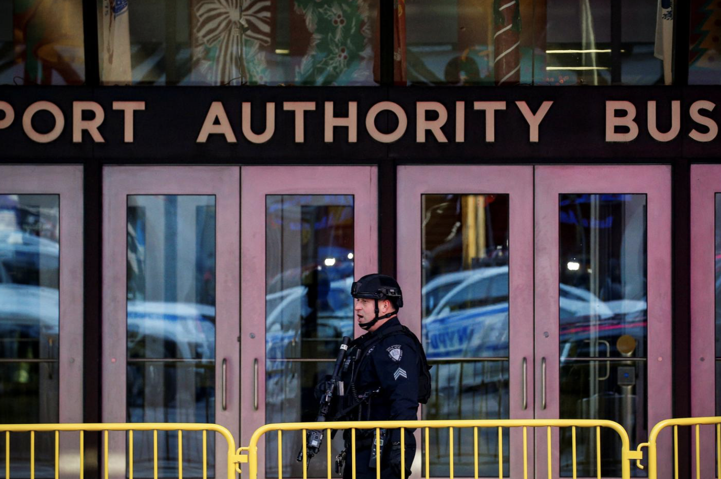 Tổng thống Trump kêu gọi chính sách di dân nghiêm ngặt hơn sau khi New York bị đánh bom