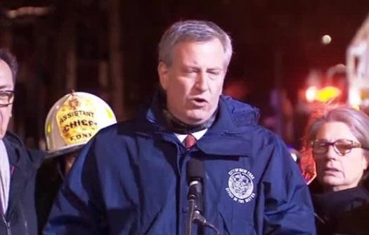 Cháy chung cư ở thành phố New York, 12 người tử vong, trong đó có một trẻ 1 tuổi