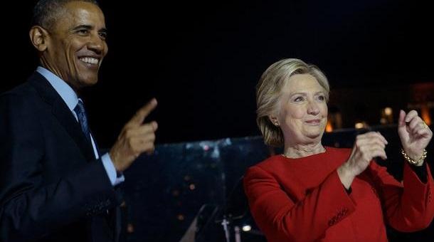 """Barrack Obama, Hillary Clinton vẫn giữ danh hiệu """"Người Được Ngưỡng Mộ Nhất"""""""