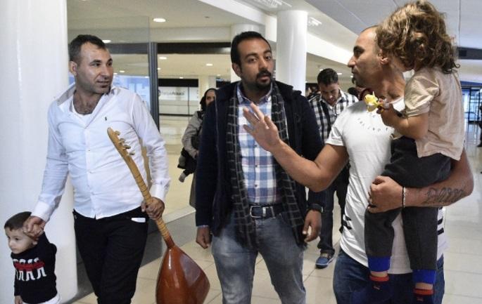 Bộ ngoại giao Hoa Kỳ yêu cầu các cơ quan giúp người tị nạn giảm hoạt động