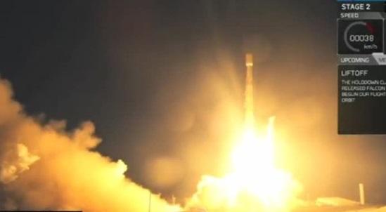 Space X phóng vệ tinh trên bầu trời Nam Cali