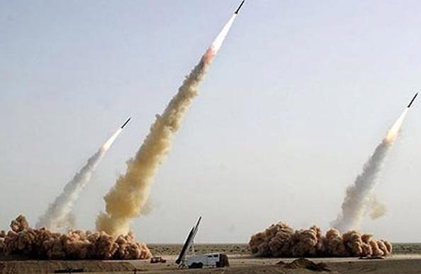 Ả Rập Saudi đánh chặn hỏa tiễn của phiến quân Houthi bắn về thủ đô Riyadh