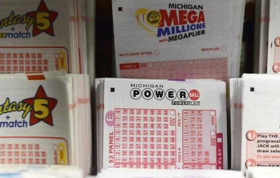 Độc đắc Powerball và Mega Millions tổng cộng vượt hơn 780 triệu Mỹ kim