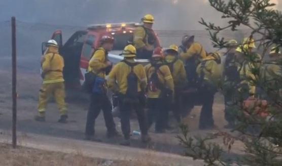 """Cháy rừng """"Thomas Fire"""" tiến dần tới các khu vực ven biển California"""