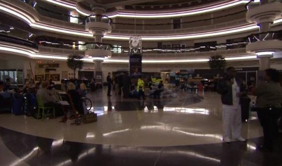 Phi trường quốc tế Atlanta cúp điện đột ngột, hàng ngàn hành khách bị ảnh hưởng