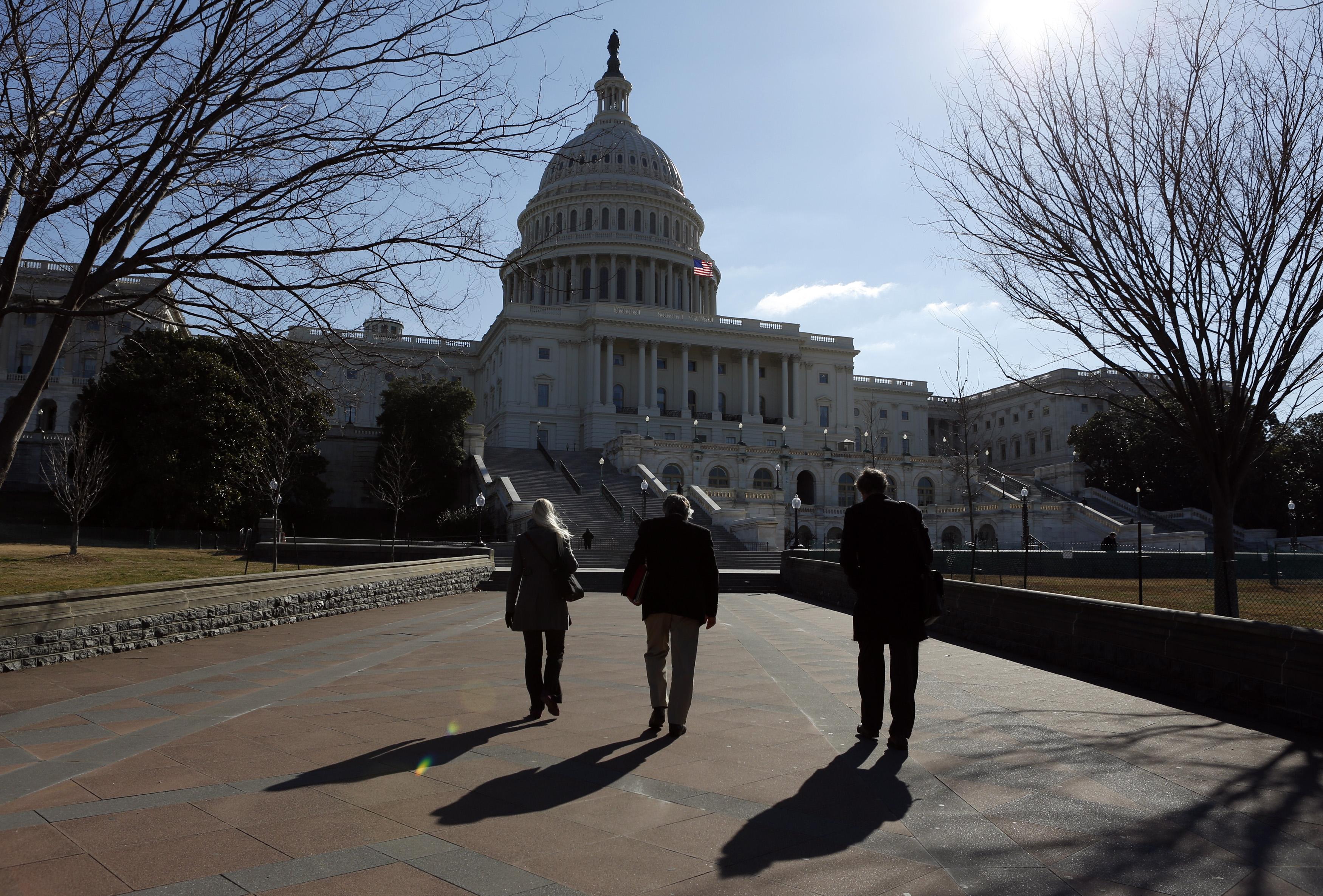 Các chính sách sắp hết hạn mà quốc hội Hoa Kỳ cần giải quyết