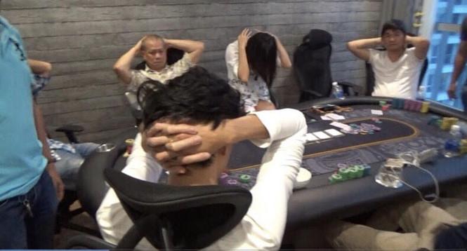 Công an phá sòng bài Poker ở Sài Gòn, 3 Việt kiều bị bắt